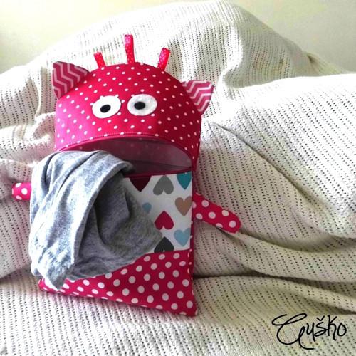 Já to pyžamo žeru! ... příšerka na přání