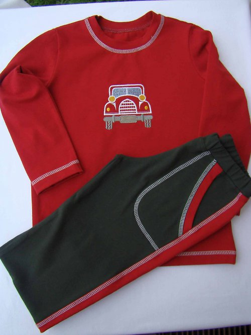 dětská souprava -triko + tepláčky