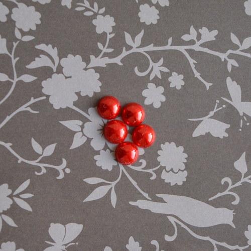 Sada 5 kusů perlových kabošonů -  červená