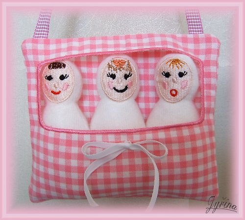 3 panenky v taštičce