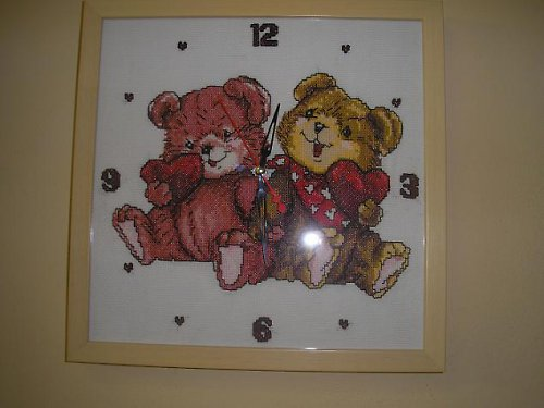 Hodiny s medvídky