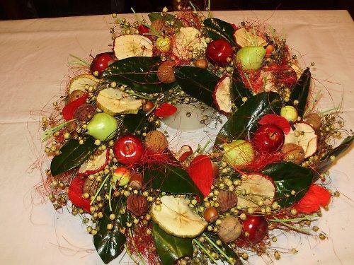 Věnec plný ovoce