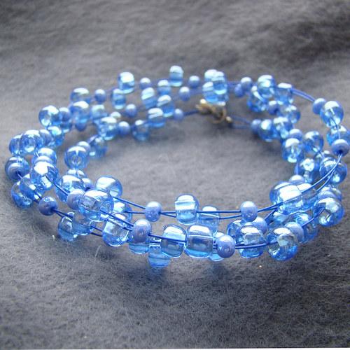 náhrdelník průzračně modrý