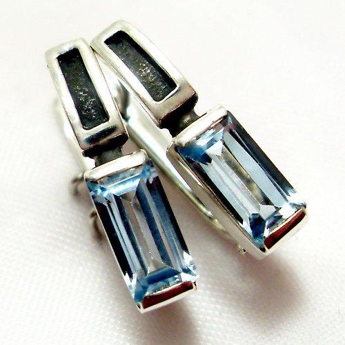 """Náušnice \""""Rámeček\"""" - stříbro 925, modrý topaz"""