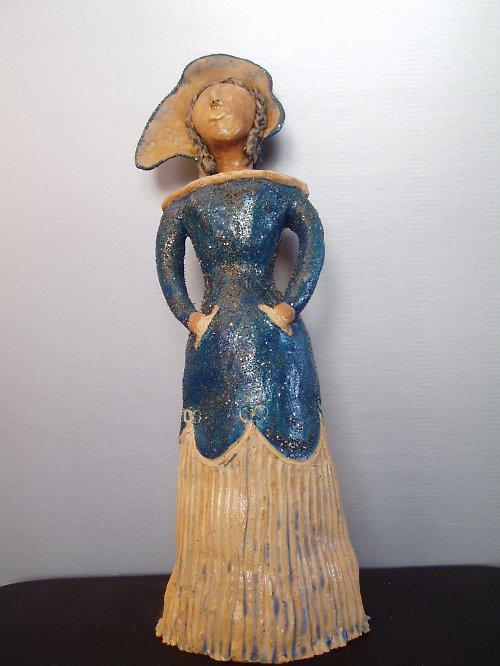 keramická panenka leva z 599 Kč