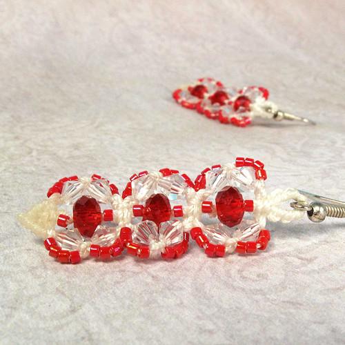 Macramé náušnice Karolína červeno-bílé