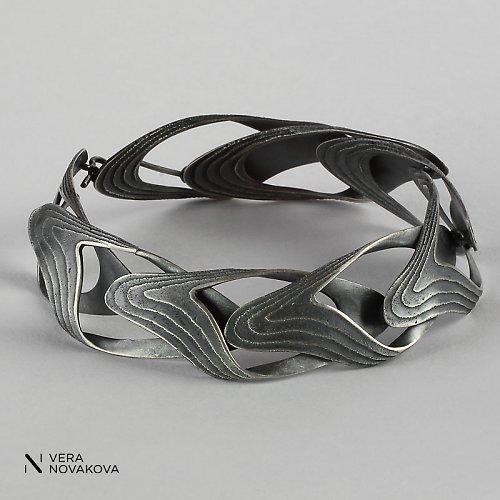 Náramek Sepiserie patinované stříbro