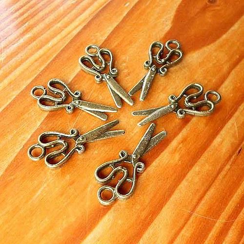 Švadlenčiny Nůžky - 2ks - Bronzové