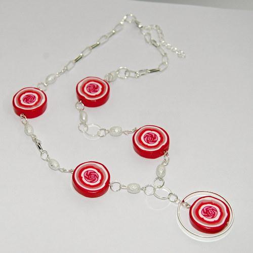 Náhrdelník a náramek z červenými kolečky