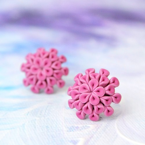 Kytičky světle růžové