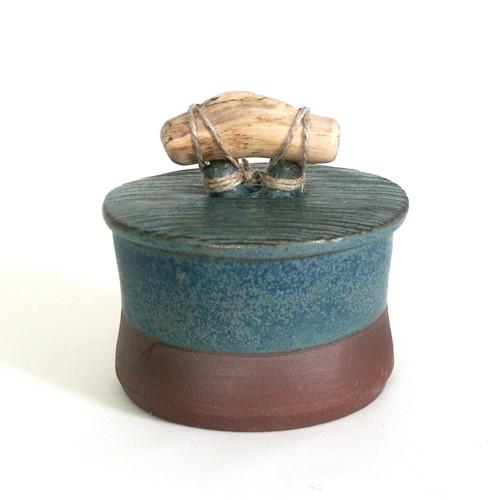 Modrá vroubkovaná - keramická dóza