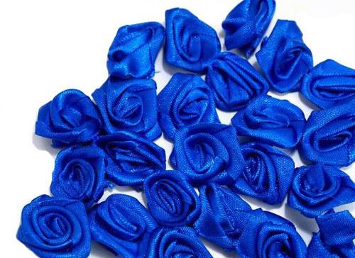 RŮŽIČKY sytě modré