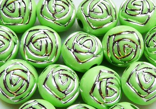 Plastové korálky s růžičkou 8 mm - zelená / 5ks