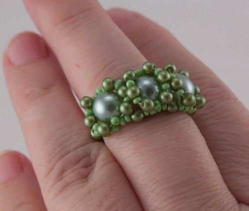 "Prsten - \""tři zelené oči\"""
