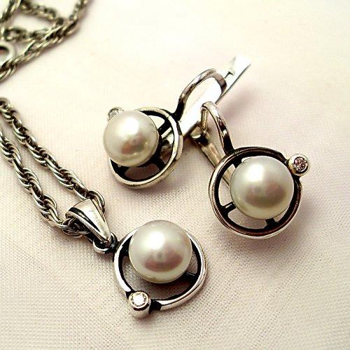 Souprava «Afrodita» - bílá perla, stříbro