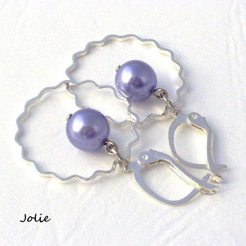 Náušnice s borůvkovou perlou.