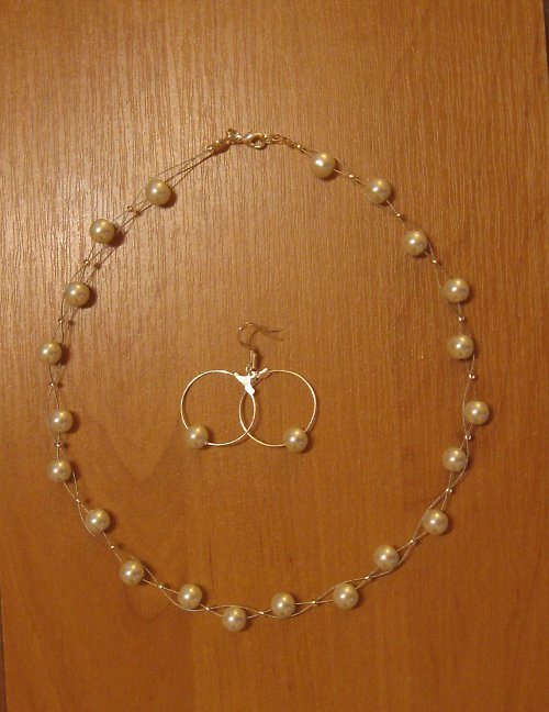 Bílé perličky..