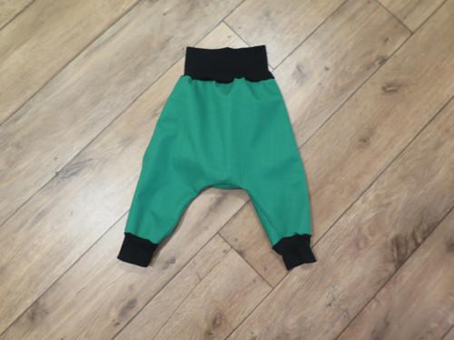 Kalhoty softshellky jarní hotové 80 zelené turky