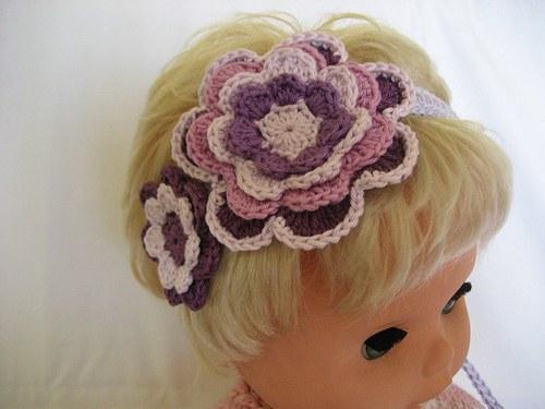 háčkovaná čelenka s kytkami - fialová/lila/fialová