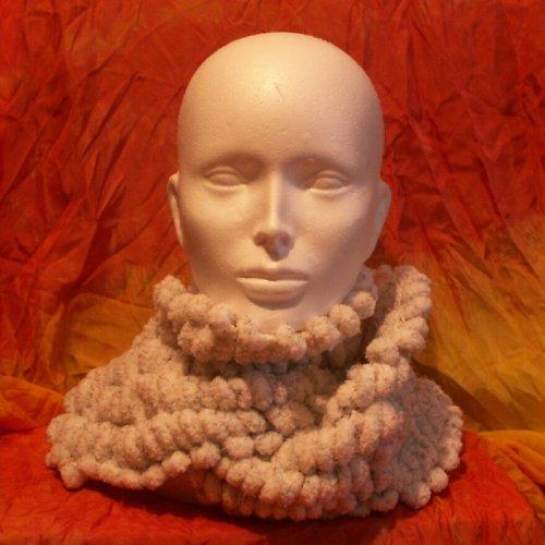 pletená šála - bambulková