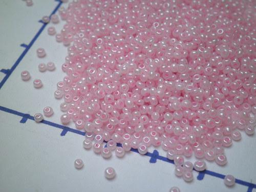 Rokajl 2 mm, jemně růžový, 10gr