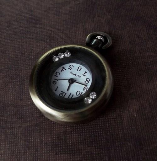Vintage hodinky s kamínky