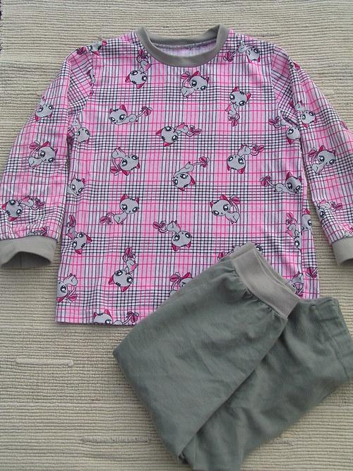 Pyžamo-kočičí v.68-104