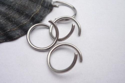 kroužek- chirurgická ocel  20 ks, 10mm