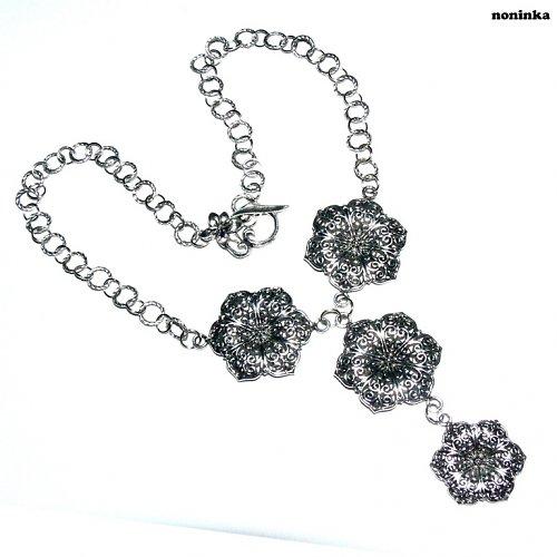 Květinová souprava náhrdelníku a náušnic -VÝPRODEJ