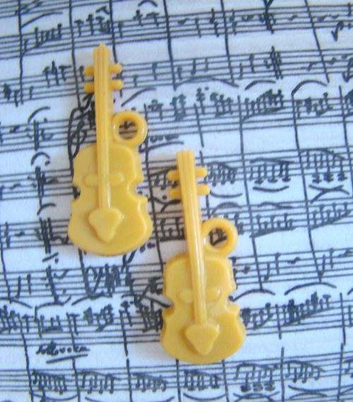 Kytara sv.oranžová/ 1 kus