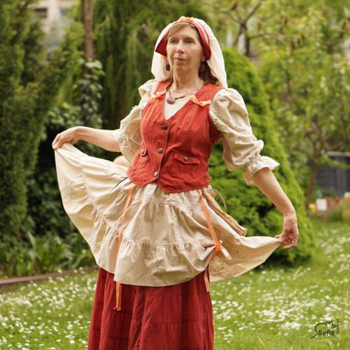Teta Hermína z Chlumské hory vel. 44