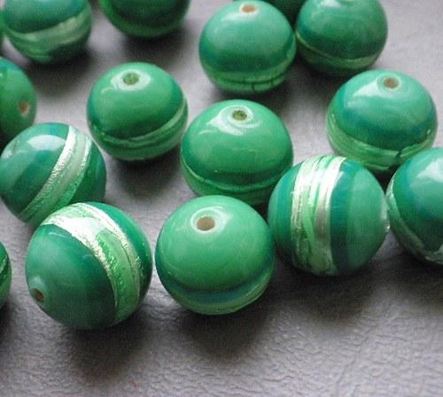 Zelené s proužkem, 12mm - 2ks