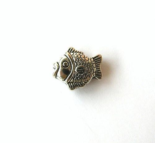 Korálek rybička, 14 mm - 1 kus