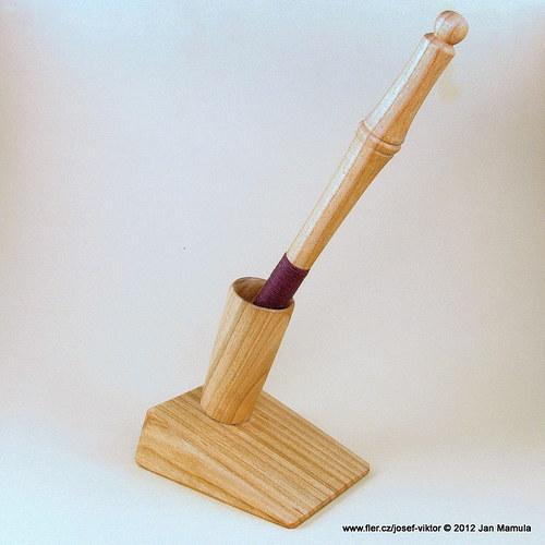 PURKMISTR v dřevěná propiska se stojánkem