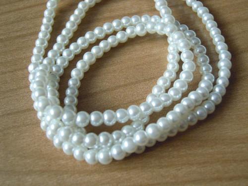 Skleněné perly bílé 4mm/30ks