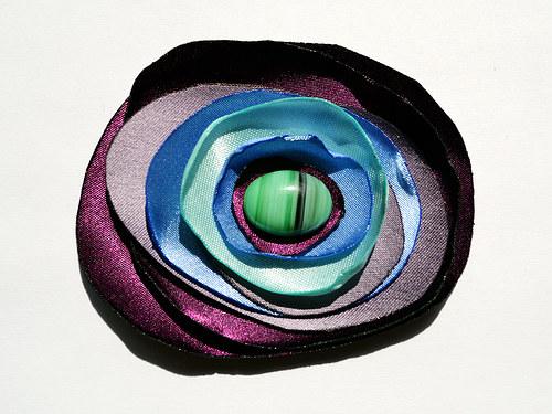 Fialová růže