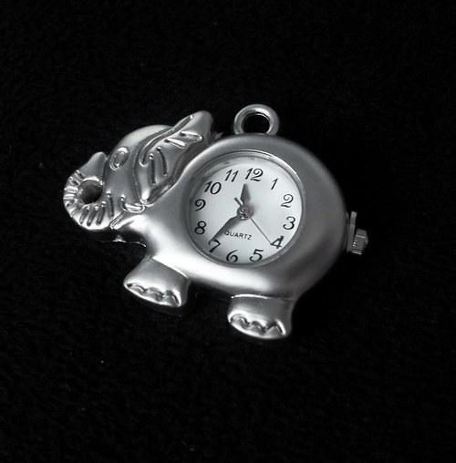Vintage hodinky slon