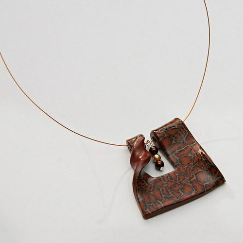 Tygrovaný náhrdelník