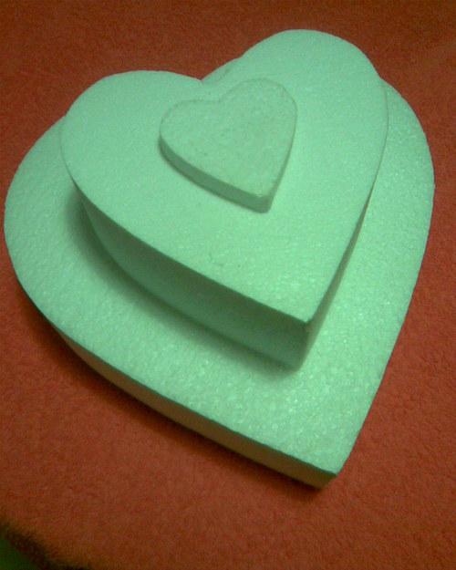 Dort srdce - atrapa z polystyrenu