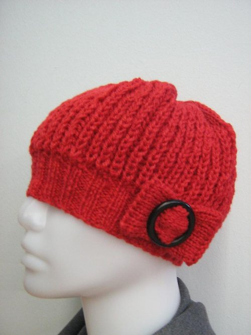 Červená, pletená čepice