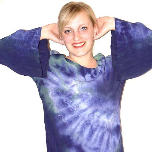 šaty z viskózového hedvábí