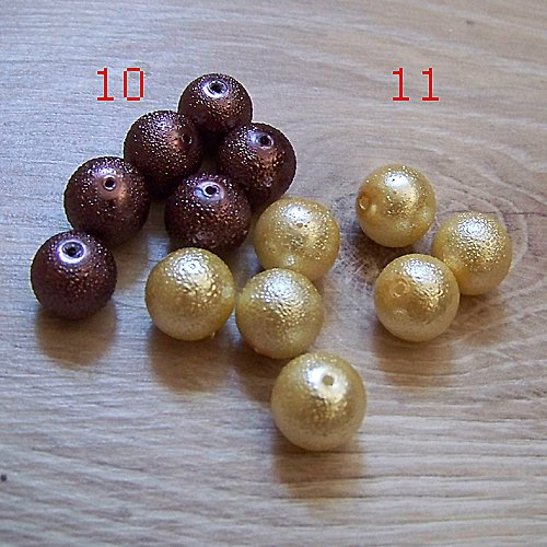vroubkované voskové perly/ hnědá č.10/ 12mm/ 5ks