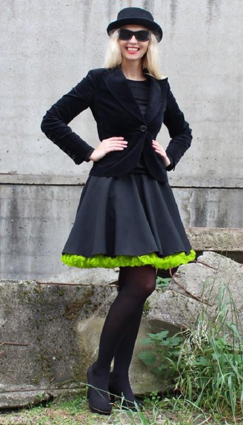 FuFu sukně černá se zelenou spodničkou