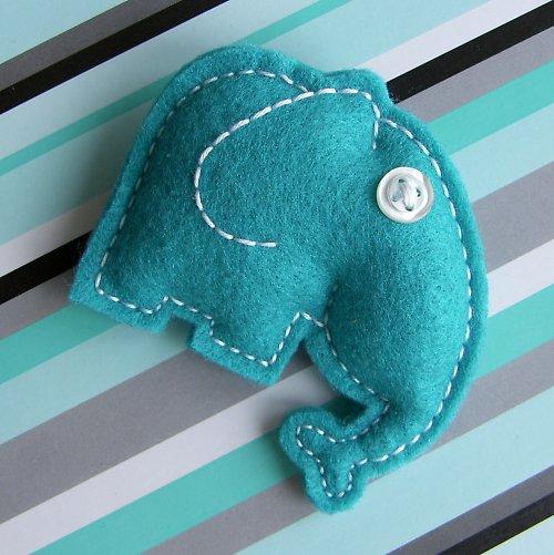 Tyrkysový slon Eda