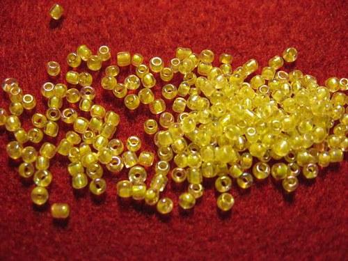 Rokajl žlutý s pruvlakem +AB 2mm 11    (cena 10gr)