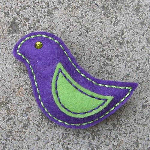 Fialový ptáček Henrik