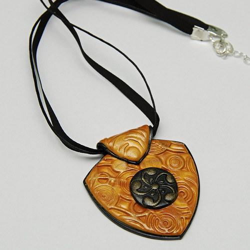 Zlato-černý náhrdelník