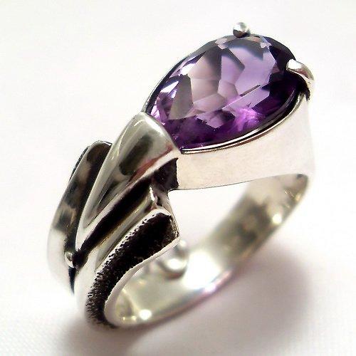 Prsten «Pero»  - stříbro 925, přírodní ametyst