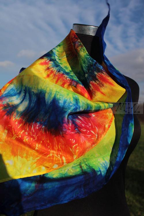 Hedvábí šátek - slunce na nebi