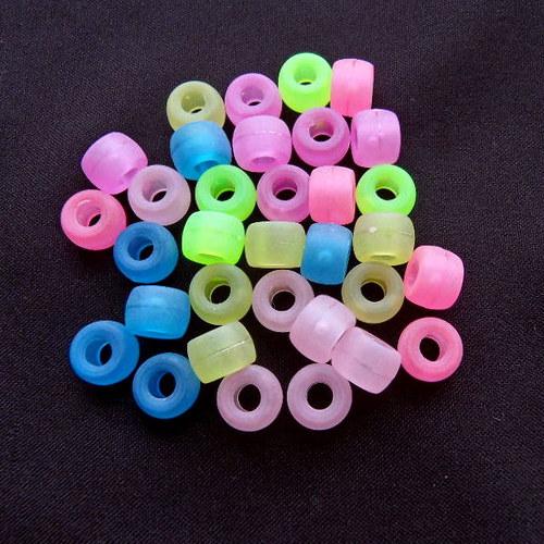 Směs plastových korálků matných 20 ks